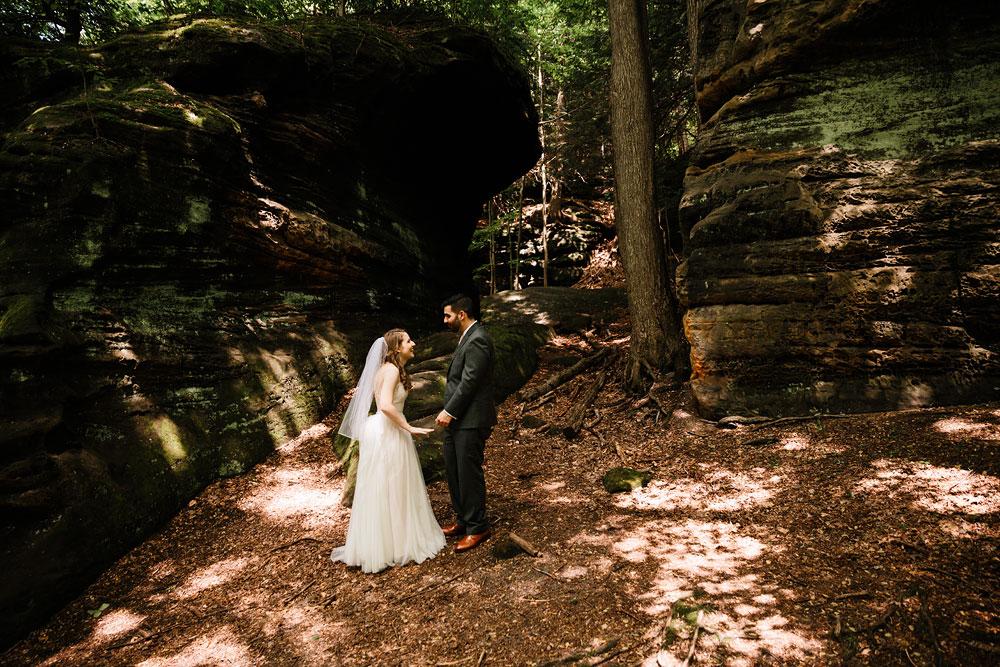 happy-days-lodge-wedding-photography-cuyahoga-valley-national-park-cvnp-cleveland-wedding-photographers-peninsula-ohio-35.jpg