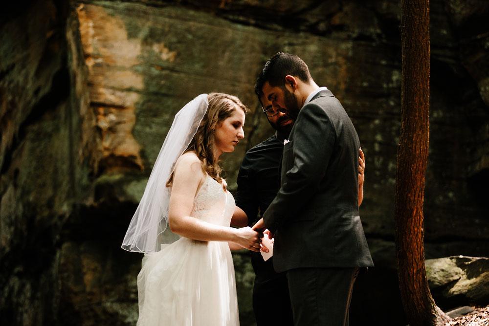 happy-days-lodge-wedding-photography-cuyahoga-valley-national-park-cvnp-cleveland-wedding-photographers-peninsula-ohio-38.jpg