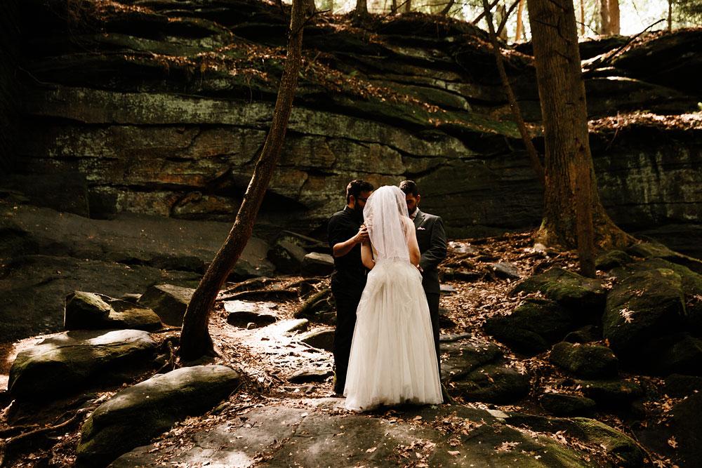 happy-days-lodge-wedding-photography-cuyahoga-valley-national-park-cvnp-cleveland-wedding-photographers-peninsula-ohio-39.jpg