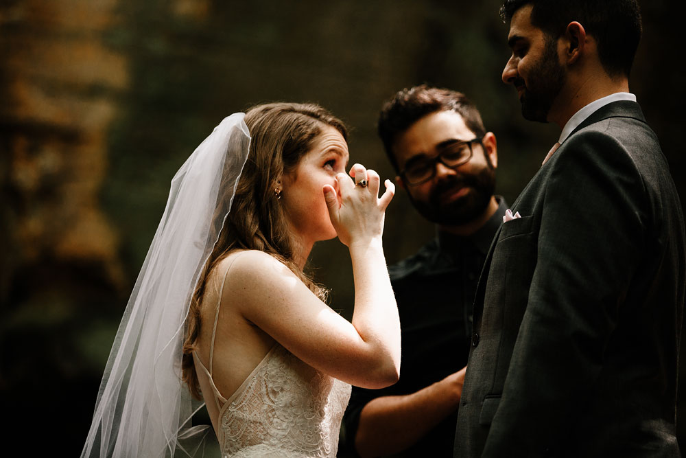 happy-days-lodge-wedding-photography-cuyahoga-valley-national-park-cvnp-cleveland-wedding-photographers-peninsula-ohio-40.jpg