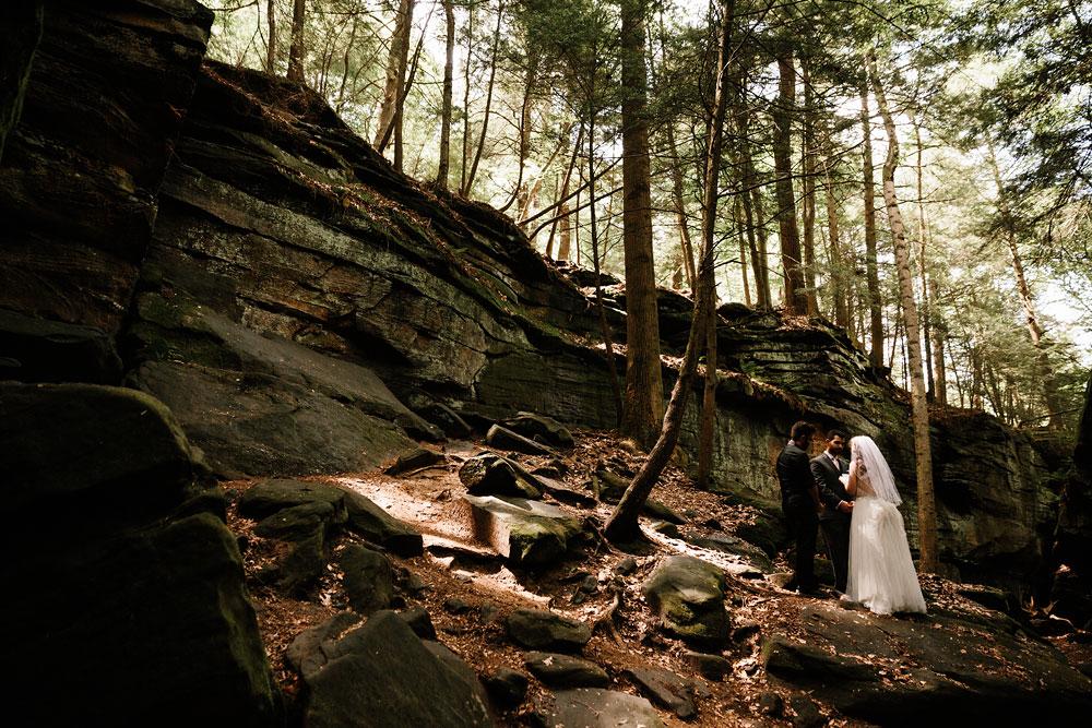 happy-days-lodge-wedding-photography-cuyahoga-valley-national-park-cvnp-cleveland-wedding-photographers-peninsula-ohio-46.jpg