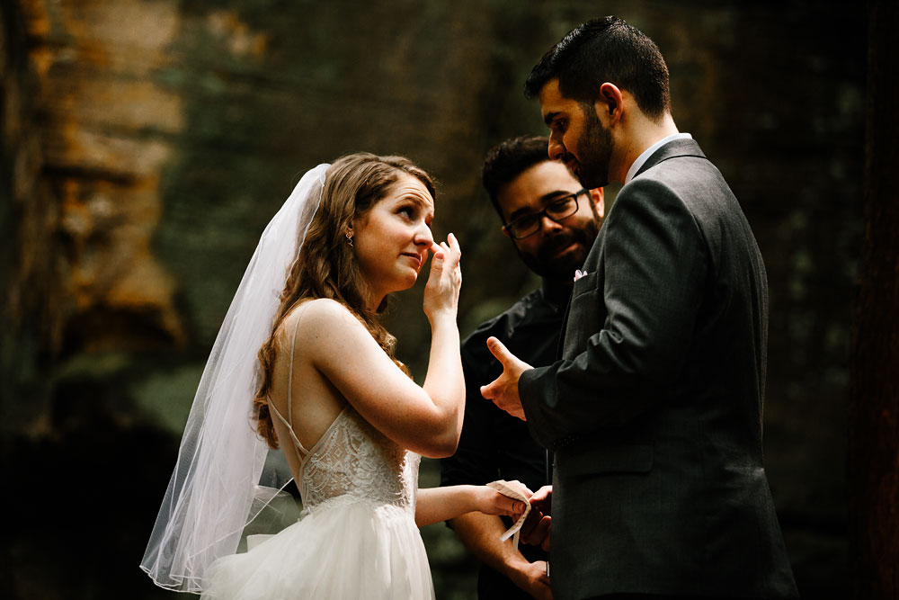 happy-days-lodge-wedding-photography-cuyahoga-valley-national-park-cvnp-cleveland-wedding-photographers-peninsula-ohio-49.jpg