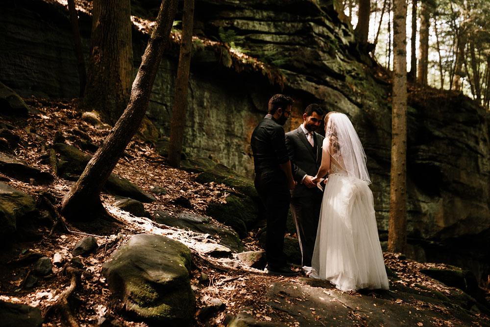 happy-days-lodge-wedding-photography-cuyahoga-valley-national-park-cvnp-cleveland-wedding-photographers-peninsula-ohio-50.jpg