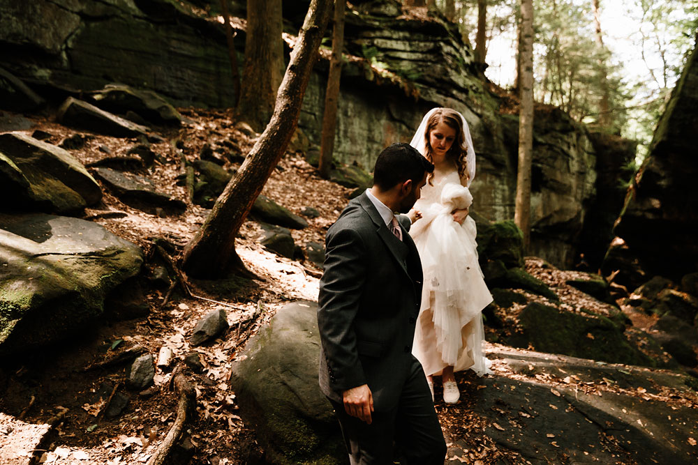 happy-days-lodge-wedding-photography-cuyahoga-valley-national-park-cvnp-cleveland-wedding-photographers-peninsula-ohio-57.jpg