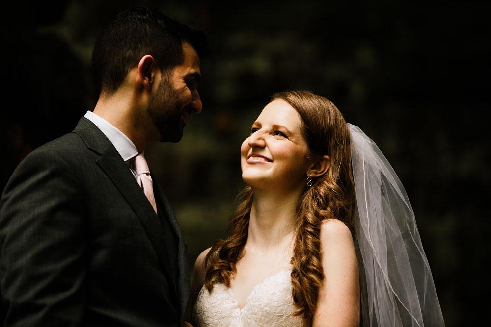 happy-days-lodge-wedding-photography-cuyahoga-valley-national-park-cvnp-cleveland-wedding-photographers-peninsula-ohio-66.jpg