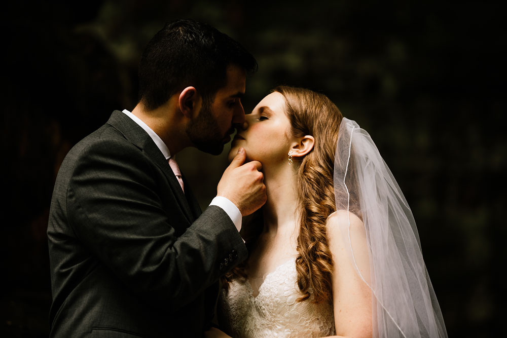 happy-days-lodge-wedding-photography-cuyahoga-valley-national-park-cvnp-cleveland-wedding-photographers-peninsula-ohio-67.jpg