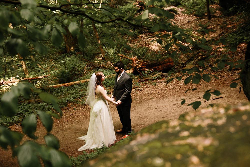 happy-days-lodge-wedding-photography-cuyahoga-valley-national-park-cvnp-cleveland-wedding-photographers-peninsula-ohio-69.jpg