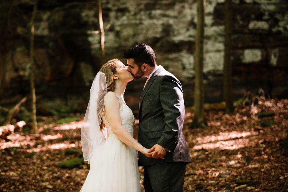 happy-days-lodge-wedding-photography-cuyahoga-valley-national-park-cvnp-cleveland-wedding-photographers-peninsula-ohio-78.jpg