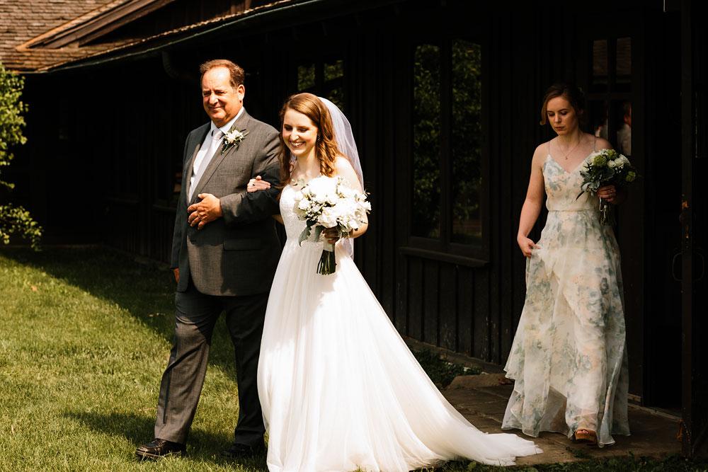 happy-days-lodge-wedding-photography-cuyahoga-valley-national-park-cvnp-cleveland-wedding-photographers-peninsula-ohio-92.jpg