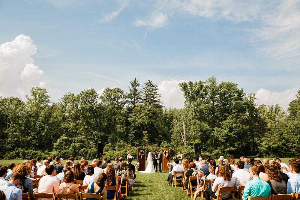 happy-days-lodge-wedding-photography-cuyahoga-valley-national-park-cvnp-cleveland-wedding-photographers-peninsula-ohio-98.jpg