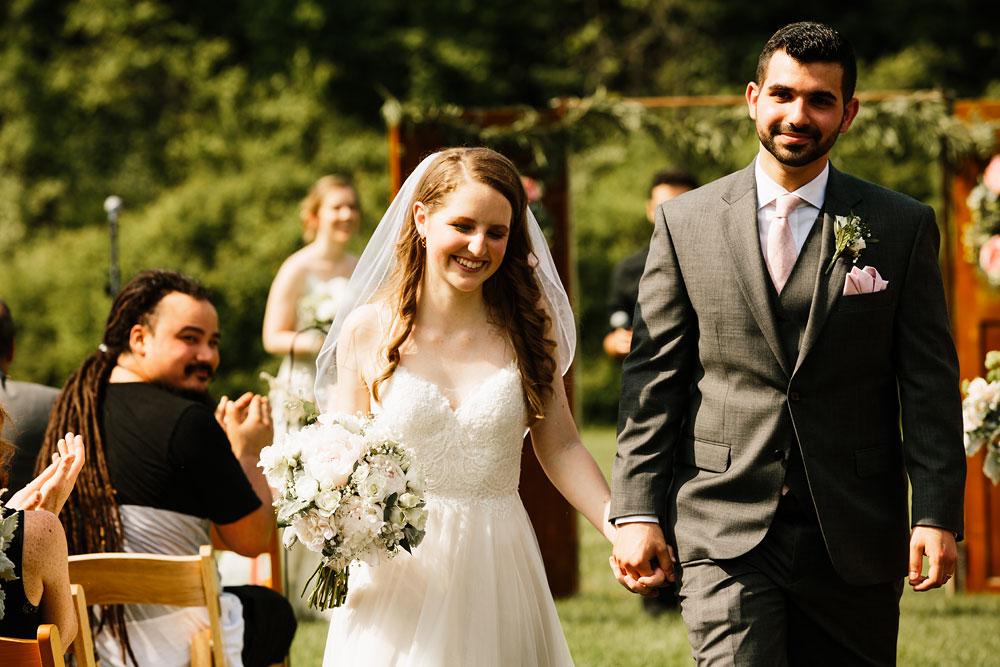 happy-days-lodge-wedding-photography-cuyahoga-valley-national-park-cvnp-cleveland-wedding-photographers-peninsula-ohio-102.jpg