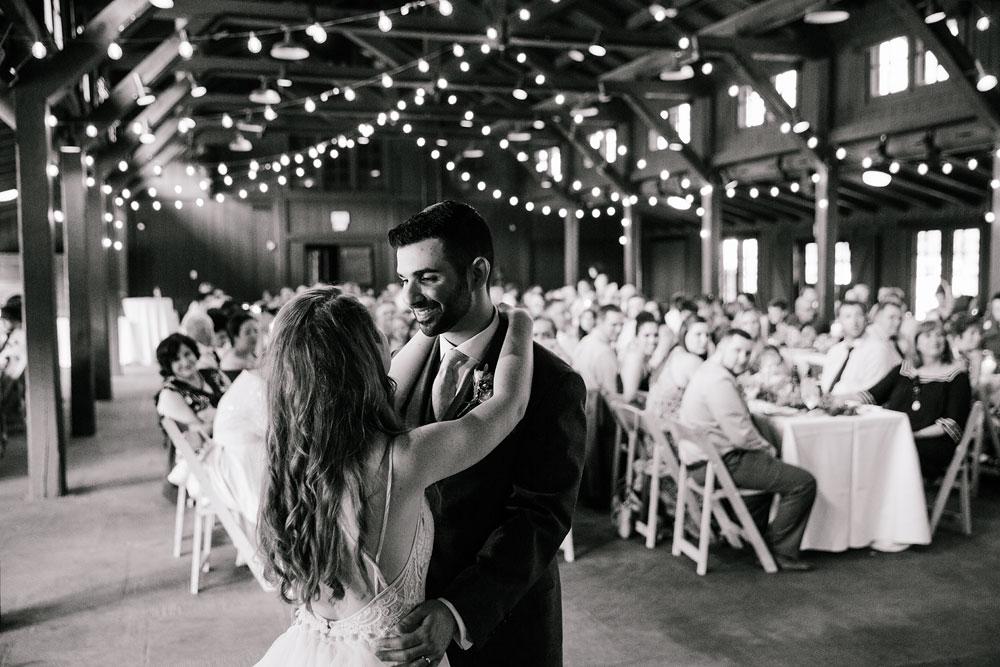 happy-days-lodge-wedding-photography-cuyahoga-valley-national-park-cvnp-cleveland-wedding-photographers-peninsula-ohio-121.jpg