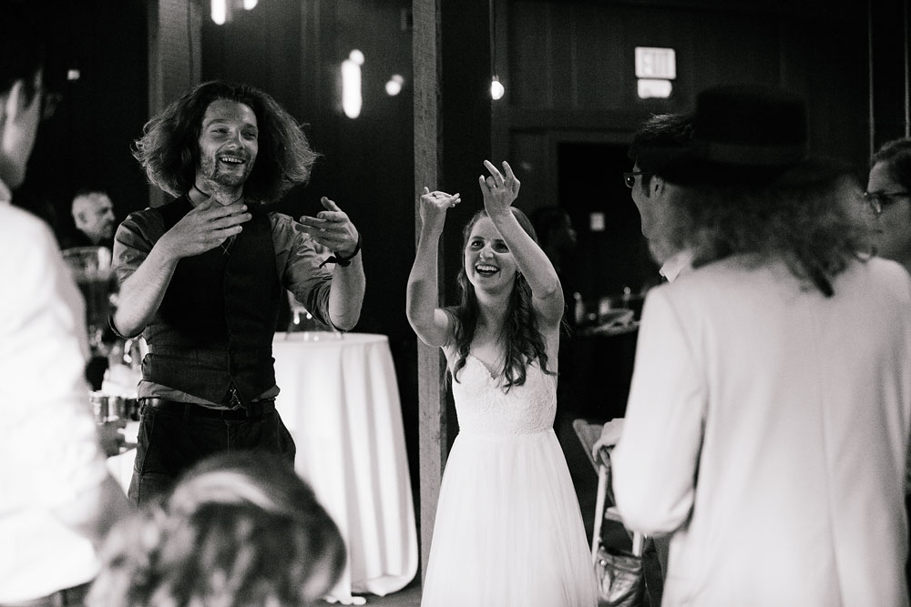 happy-days-lodge-wedding-photography-cuyahoga-valley-national-park-cvnp-cleveland-wedding-photographers-peninsula-ohio-142.jpg