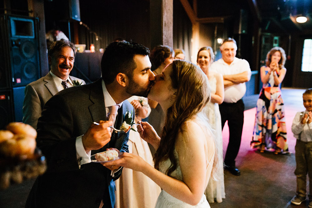 happy-days-lodge-wedding-photography-cuyahoga-valley-national-park-cvnp-cleveland-wedding-photographers-peninsula-ohio-152.jpg