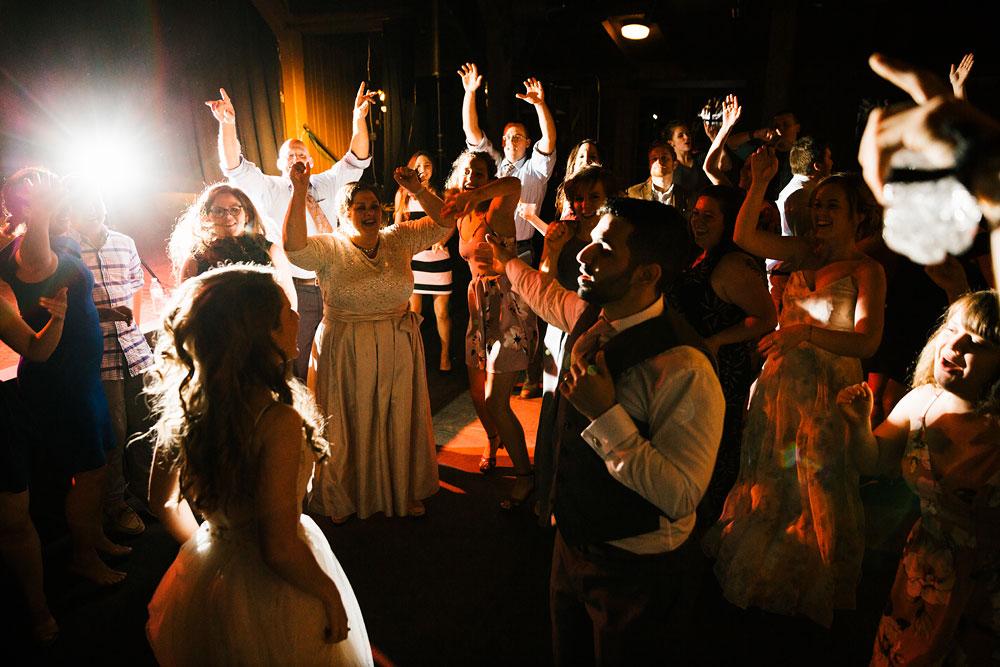 happy-days-lodge-wedding-photography-cuyahoga-valley-national-park-cvnp-cleveland-wedding-photographers-peninsula-ohio-173.jpg