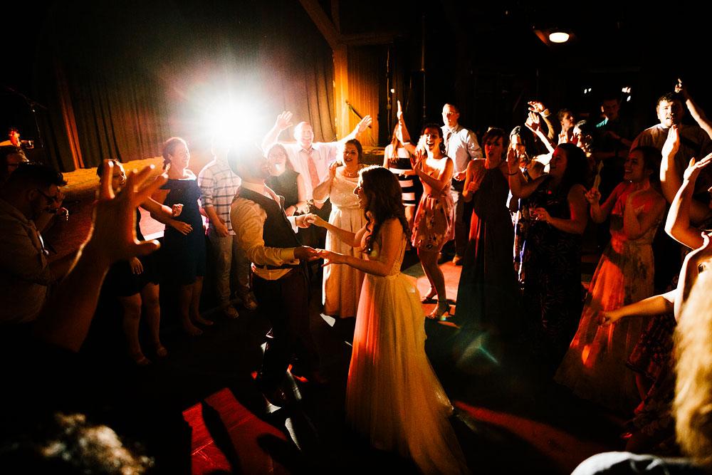 happy-days-lodge-wedding-photography-cuyahoga-valley-national-park-cvnp-cleveland-wedding-photographers-peninsula-ohio-174.jpg