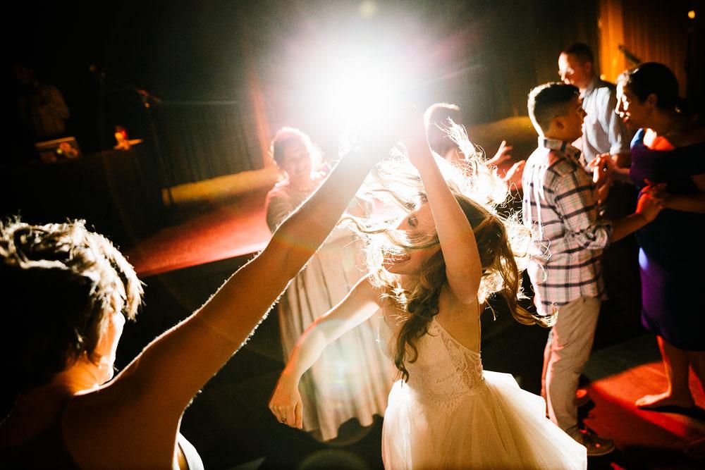 happy-days-lodge-wedding-photography-cuyahoga-valley-national-park-cvnp-cleveland-wedding-photographers-peninsula-ohio-176.jpg