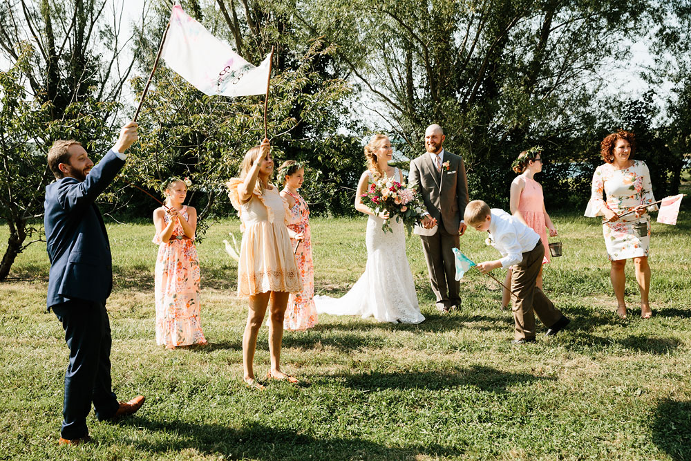 hillcrest-orchard-wedding-photography-outdoor-rustic-barn-cleveland-amherst-oberlin-ohio-wedding-photographers-83.jpg