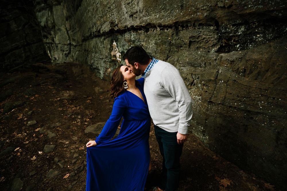 cuyahoga-valley-national-park-engagement-photography-bluebells-wildflowers-ledges-cleveland-wedding-photographers-22.jpg