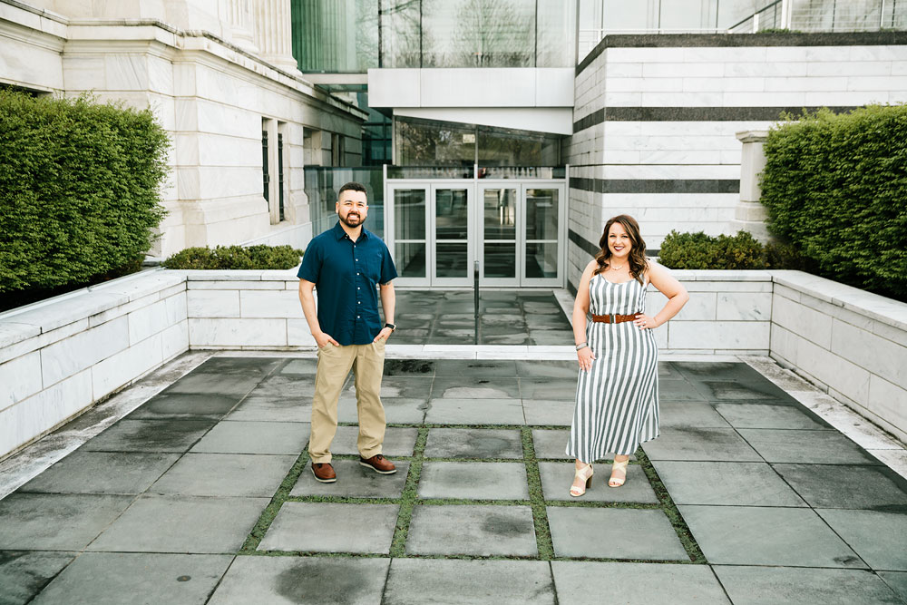cleveland-museum-of-art-university-circle-engagement-session-cleveland-wedding-photographers-3.jpg