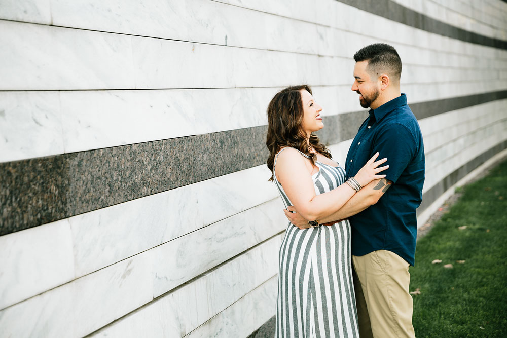 cleveland-museum-of-art-university-circle-engagement-session-cleveland-wedding-photographers-4.jpg
