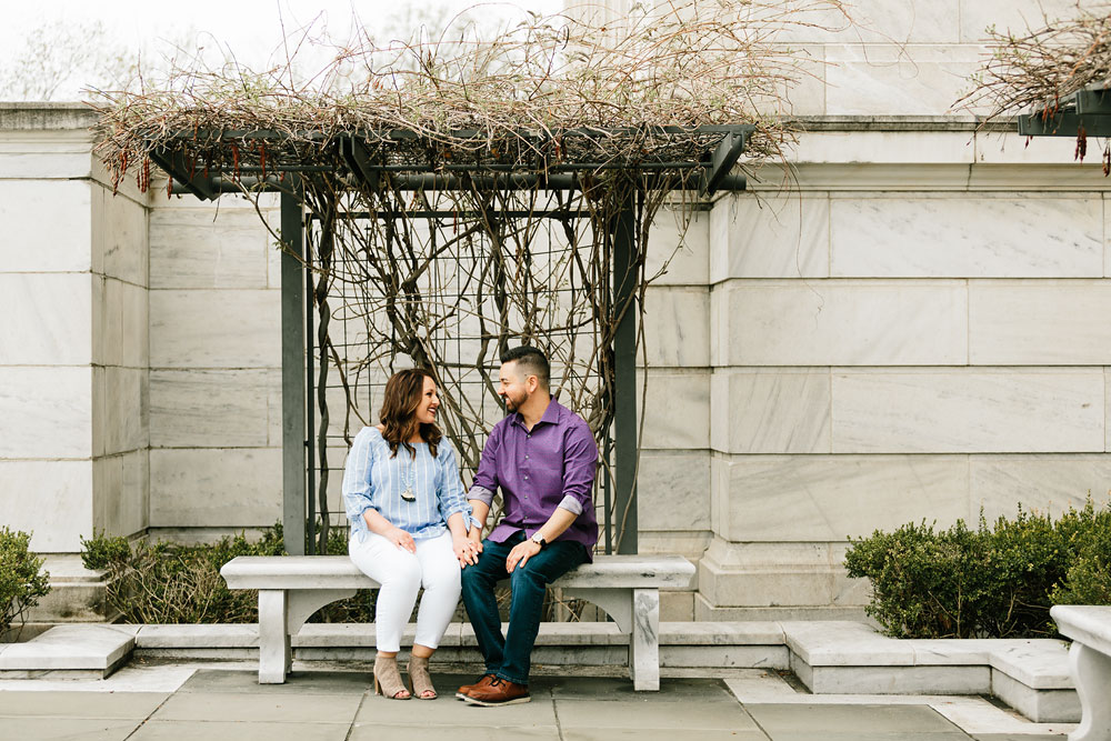 cleveland-museum-of-art-university-circle-engagement-session-cleveland-wedding-photographers-26.jpg