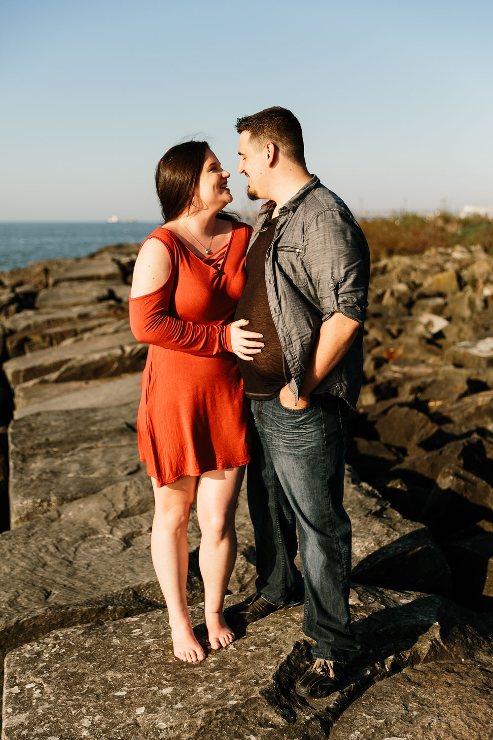 edgewater-beach-engagement-session-wendy-park-cleveland-wedding-photographers-1.jpg