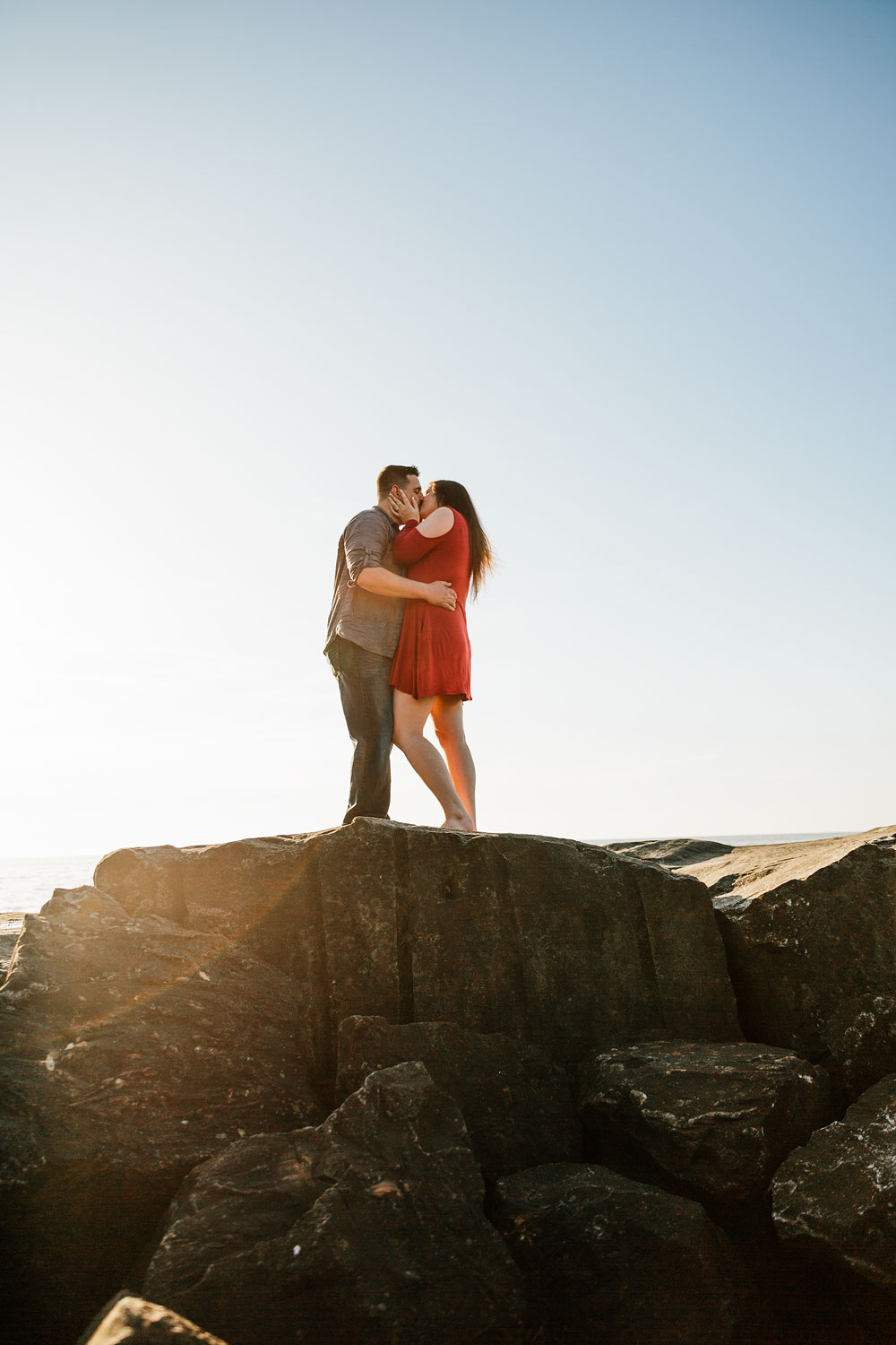 edgewater-beach-engagement-session-wendy-park-cleveland-wedding-photographers-7.jpg