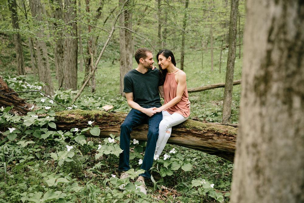 medina-ohio-hubbard-valley-park-engagement-photography-cleveland-wedding-photographers-1.jpg