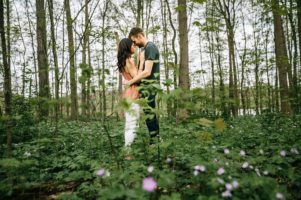 medina-ohio-hubbard-valley-park-engagement-photography-cleveland-wedding-photographers-10.jpg