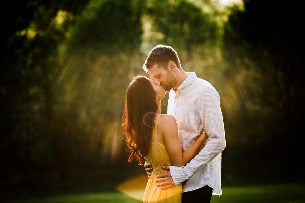 medina-ohio-hubbard-valley-park-engagement-photography-cleveland-wedding-photographers-21.jpg