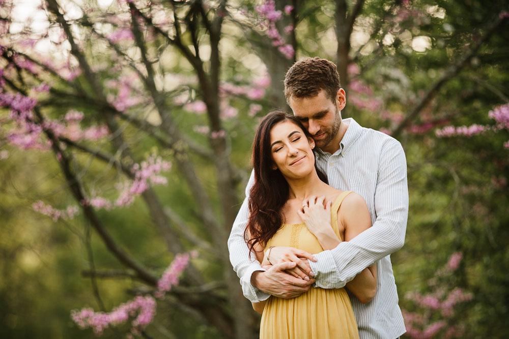 medina-ohio-hubbard-valley-park-engagement-photography-cleveland-wedding-photographers-24.jpg