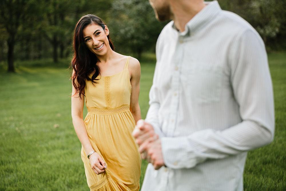 medina-ohio-hubbard-valley-park-engagement-photography-cleveland-wedding-photographers-29.jpg