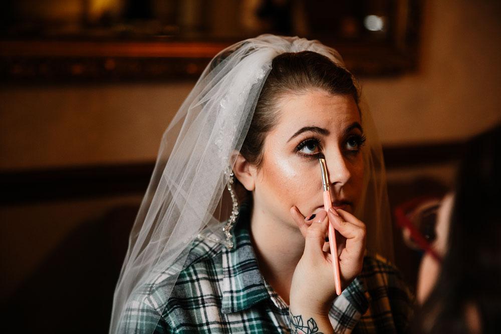 stambaugh-auditorium-youngstown-ohio-cleveland-wedding-photographers-23.jpg