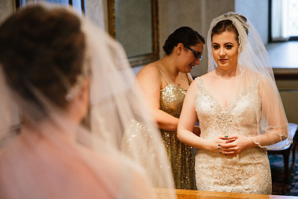 stambaugh-auditorium-youngstown-ohio-cleveland-wedding-photographers-27.jpg