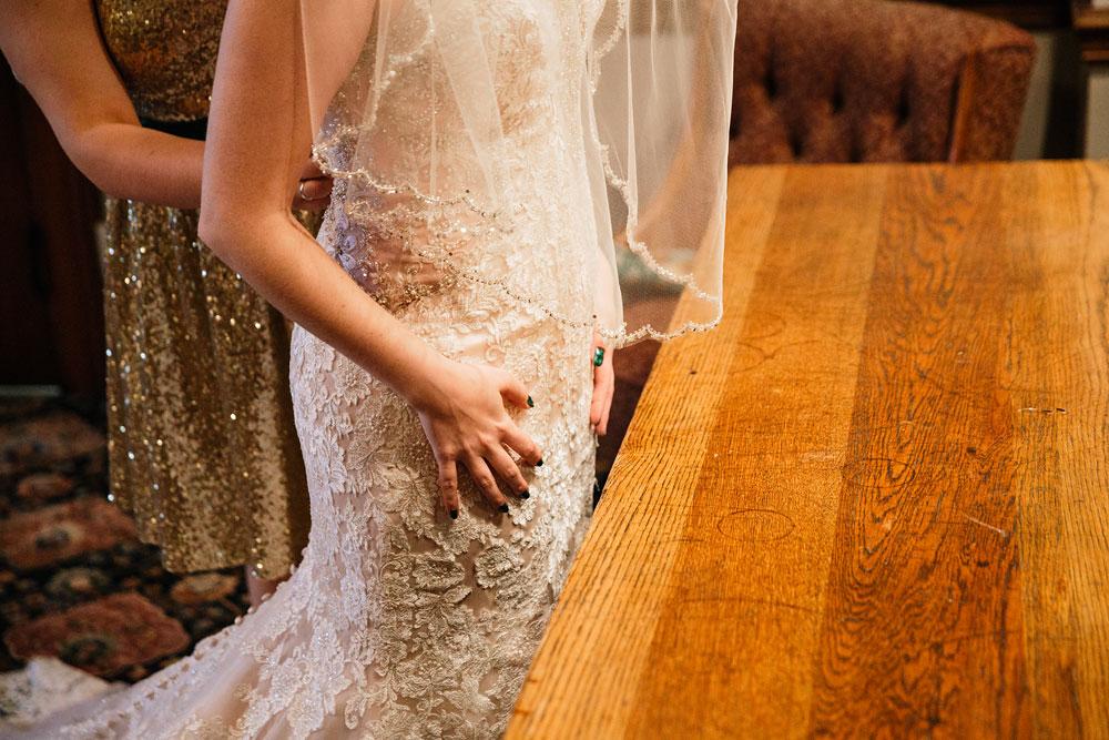 stambaugh-auditorium-youngstown-ohio-cleveland-wedding-photographers-28.jpg