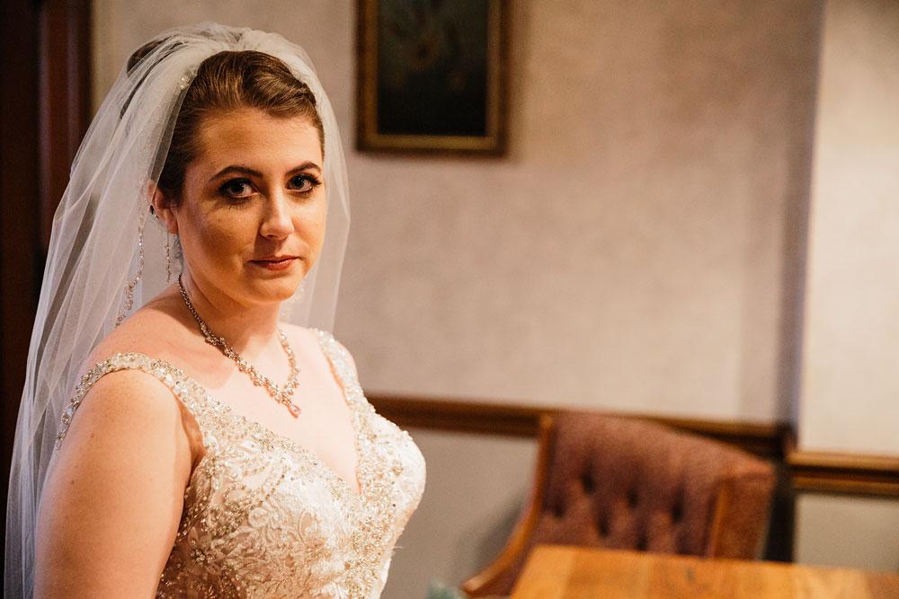 stambaugh-auditorium-youngstown-ohio-cleveland-wedding-photographers-31.jpg