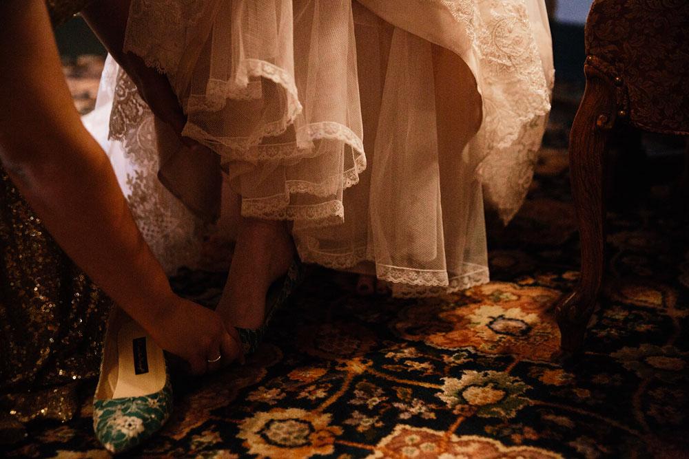 stambaugh-auditorium-youngstown-ohio-cleveland-wedding-photographers-32.jpg