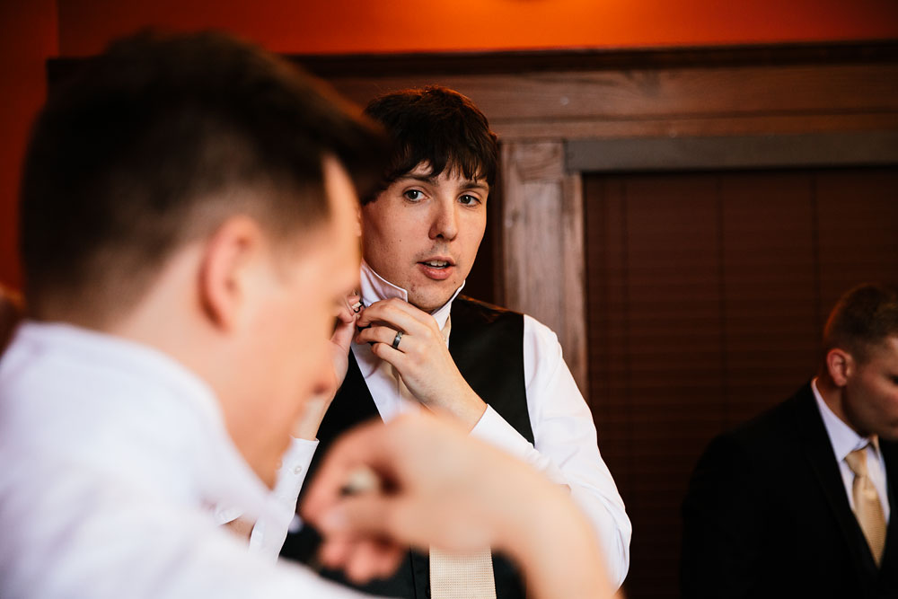 stambaugh-auditorium-youngstown-ohio-cleveland-wedding-photographers-38.jpg