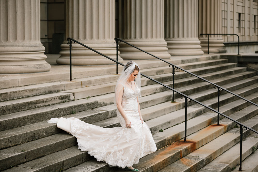 stambaugh-auditorium-youngstown-ohio-cleveland-wedding-photographers-49.jpg