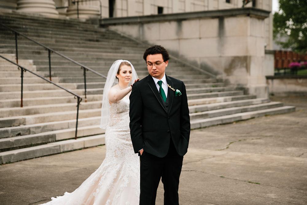 stambaugh-auditorium-youngstown-ohio-cleveland-wedding-photographers-53.jpg
