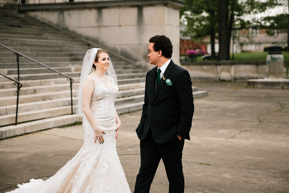stambaugh-auditorium-youngstown-ohio-cleveland-wedding-photographers-54.jpg