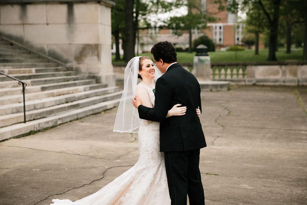stambaugh-auditorium-youngstown-ohio-cleveland-wedding-photographers-55.jpg