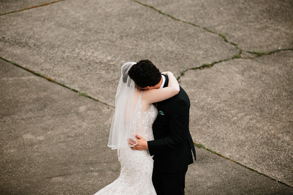 stambaugh-auditorium-youngstown-ohio-cleveland-wedding-photographers-59.jpg