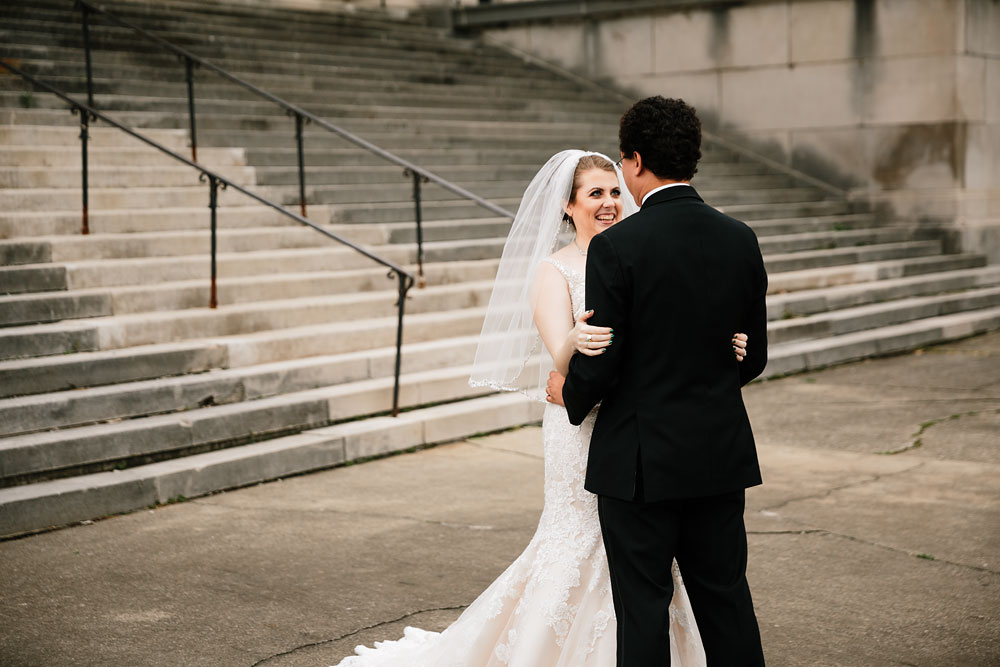 stambaugh-auditorium-youngstown-ohio-cleveland-wedding-photographers-60.jpg