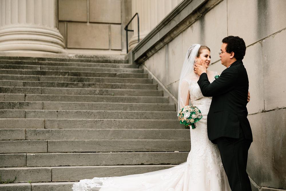 stambaugh-auditorium-youngstown-ohio-cleveland-wedding-photographers-84.jpg