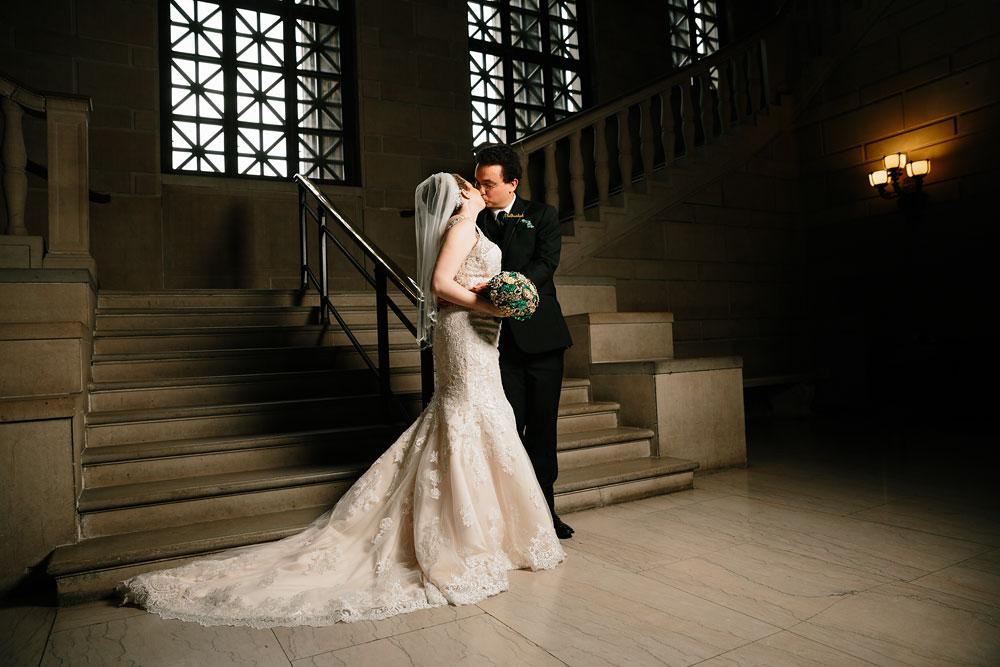 stambaugh-auditorium-youngstown-ohio-cleveland-wedding-photographers-97.jpg