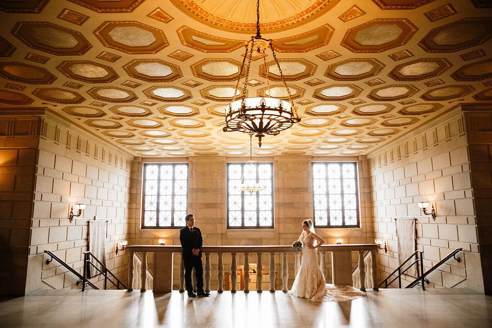 stambaugh-auditorium-youngstown-ohio-cleveland-wedding-photographers-109.jpg