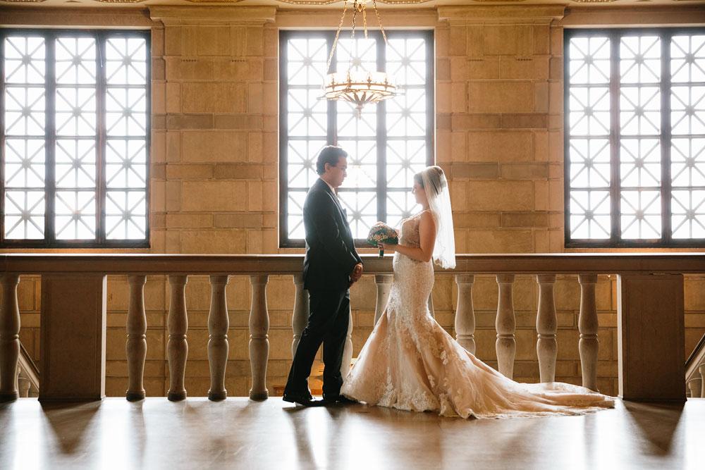 stambaugh-auditorium-youngstown-ohio-cleveland-wedding-photographers-111.jpg