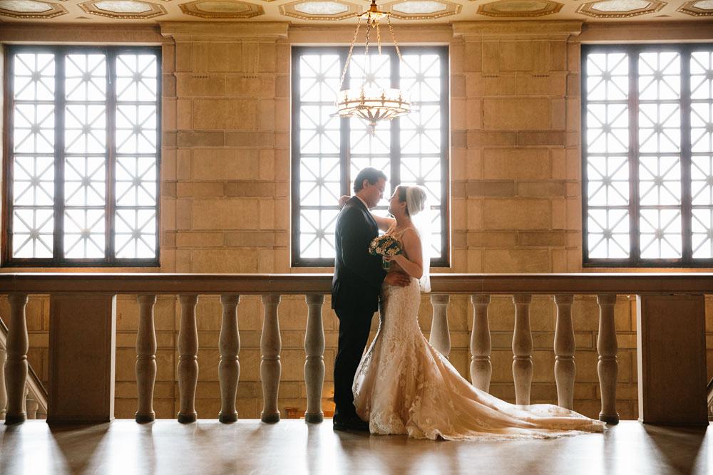 stambaugh-auditorium-youngstown-ohio-cleveland-wedding-photographers-112.jpg